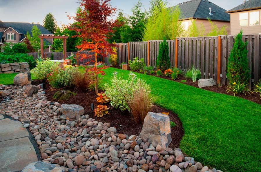 Jardines Con Piedras Decorativas Y Plantas